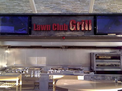 The Lawn Club Grill - Interior