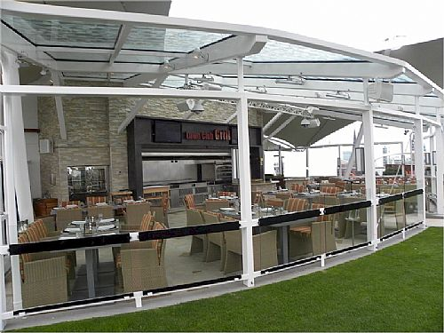 The Lawn Club Grill - Exterior