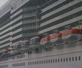 Lifeboats & Tenders on Deck 6
