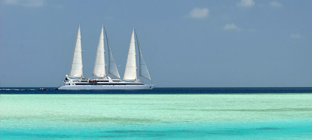 Abercrombie & Kent Cuba-Land-Sea-Cruise