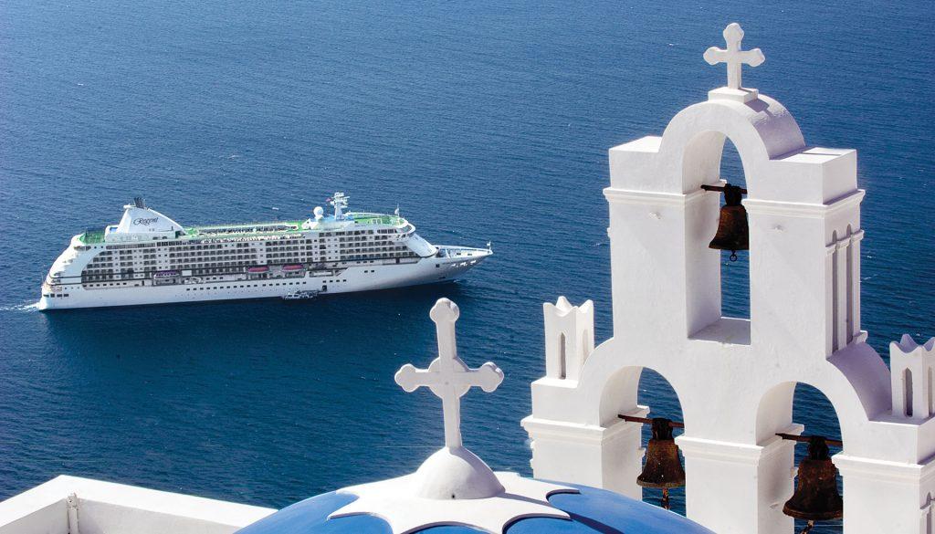 Seven Seas Voyager, Santorini
