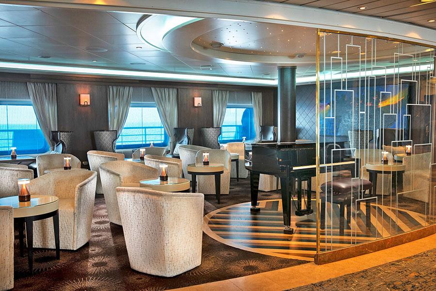 Seven Seas Navigator Lounge
